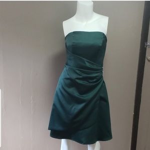 David's Bridal Ladies Strapless Green Dress 2 EUC